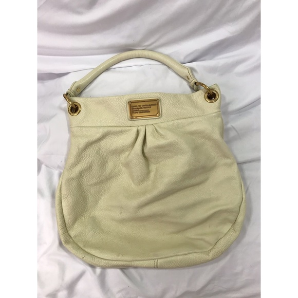 Marc By Marc Jacobs Handbags - Marc by Marc Jacobs Cream Leather Hobo Hillier Bag